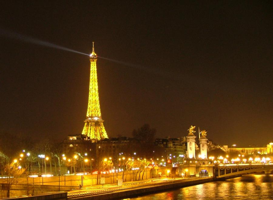 Everything-about-the-Eifel-Tower-7